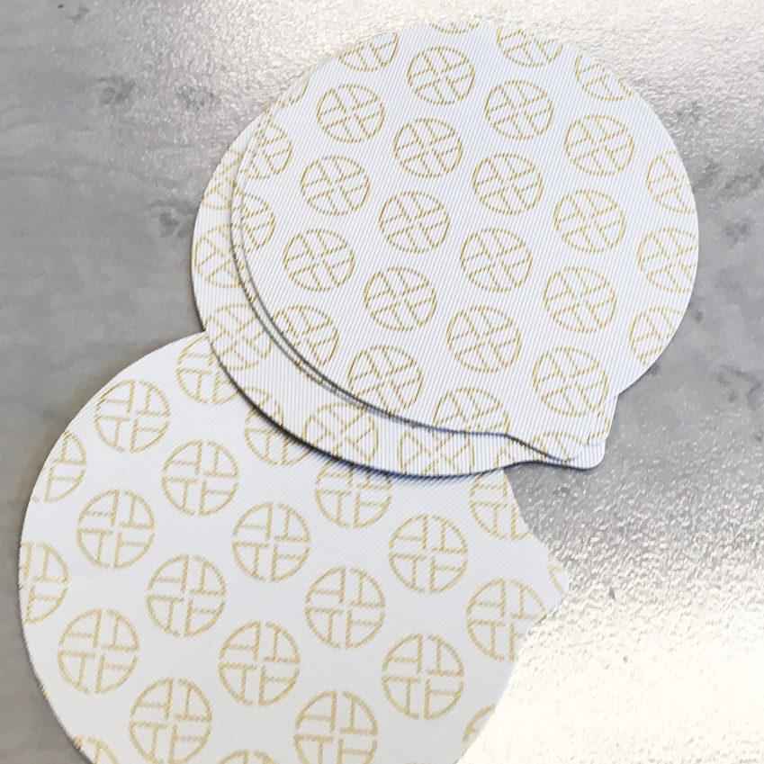 opercule fond blanc imprimé or sur mesure